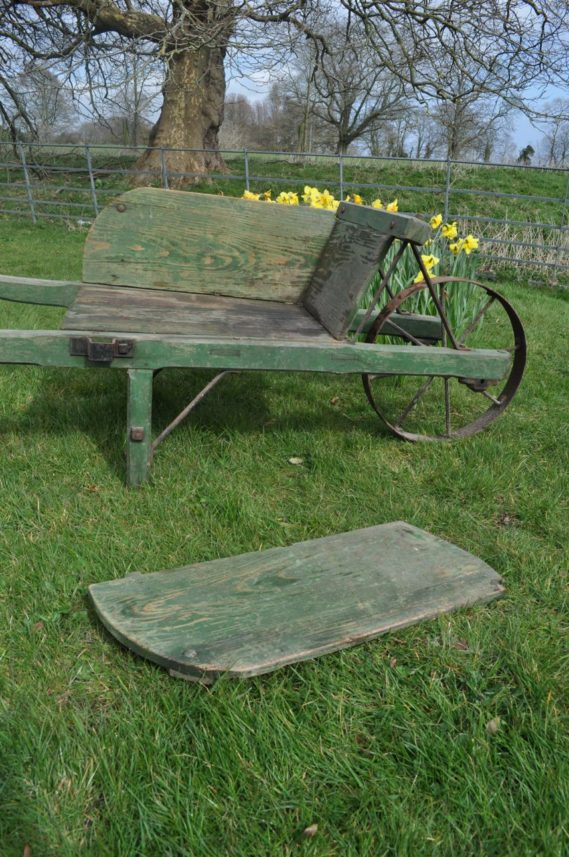 French wheelbarrow