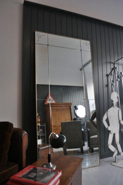 1970s mirror