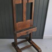oak easel