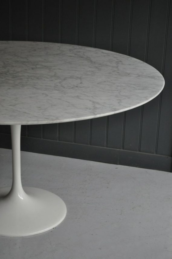 Marble tulip table