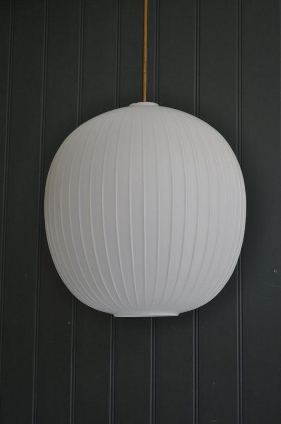 Large opaline lamp