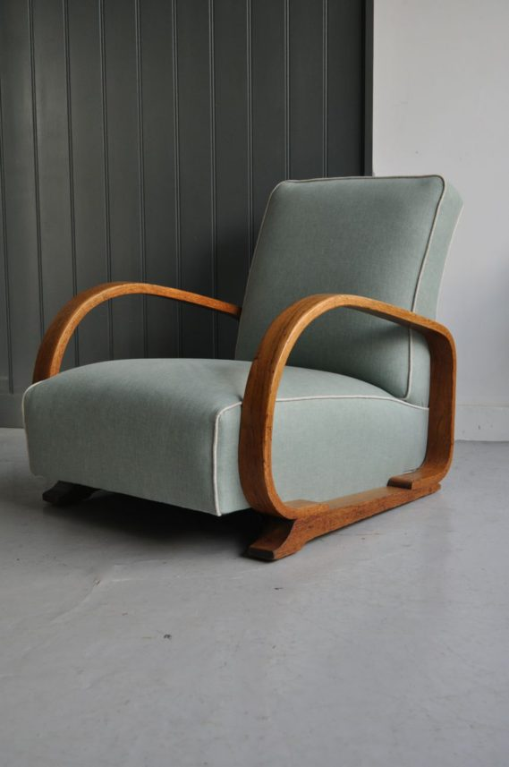 Steamed oak armchair