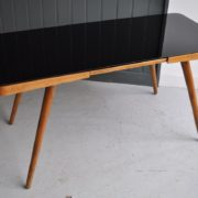 Black vitrolite table