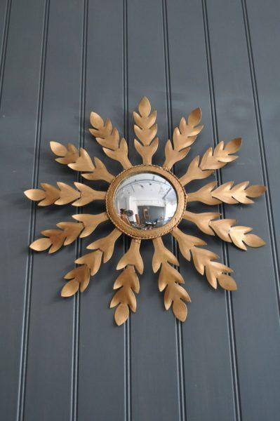 Metal sunburst mirror