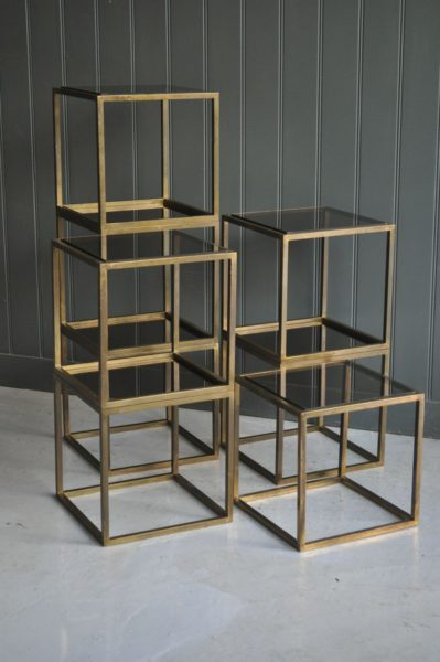 French display stands