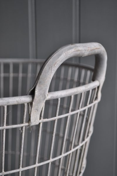 Belgian wire basket