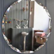 Small frameless mirror