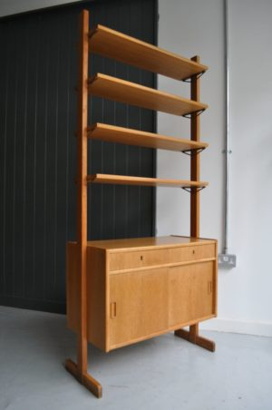 Oak storage unit