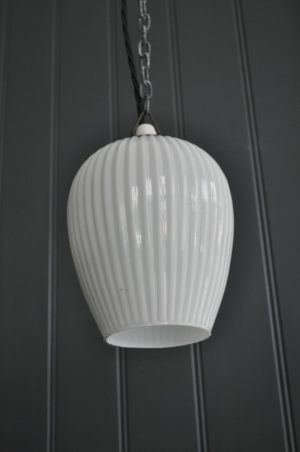 Ribbed opaline pendant