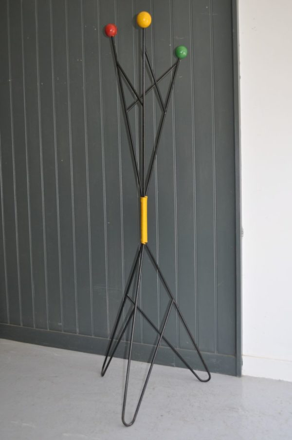 French atom coat stand