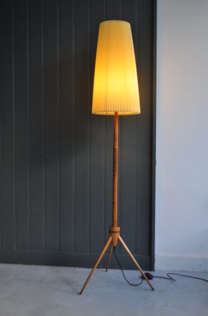 Dutch floor lamp