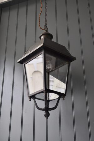 Vintage porch lamp