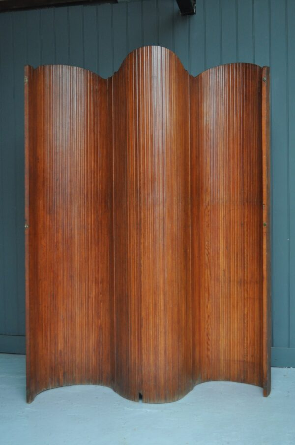 French tambour screen