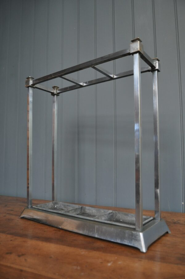 Deco stick stand